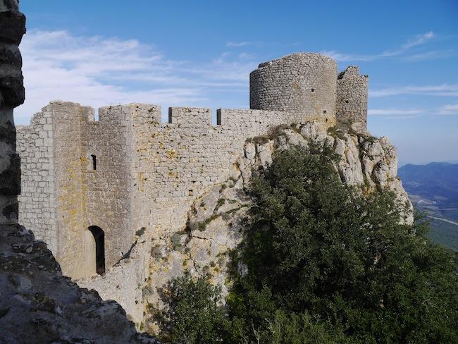 Pays cathare dans l'Aude Peyrpertuse