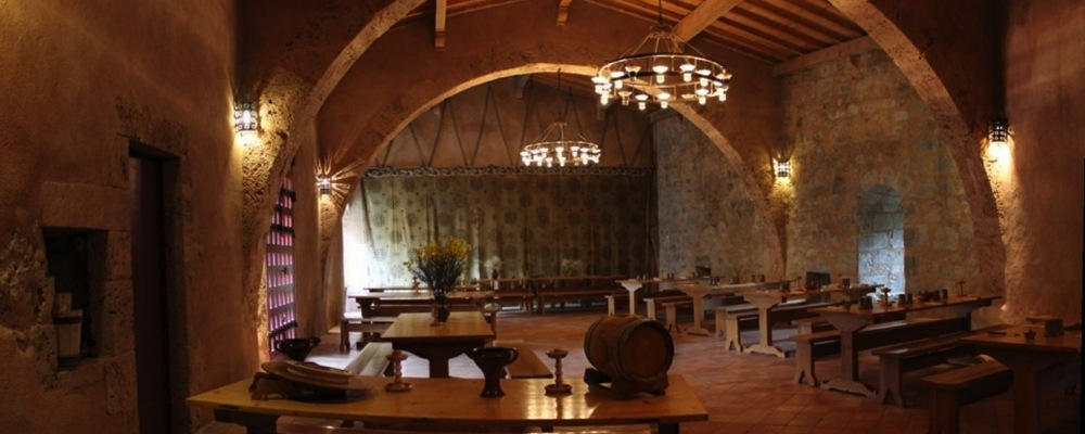 Restaurant medieval  Termenes villerouge forteress cathar france