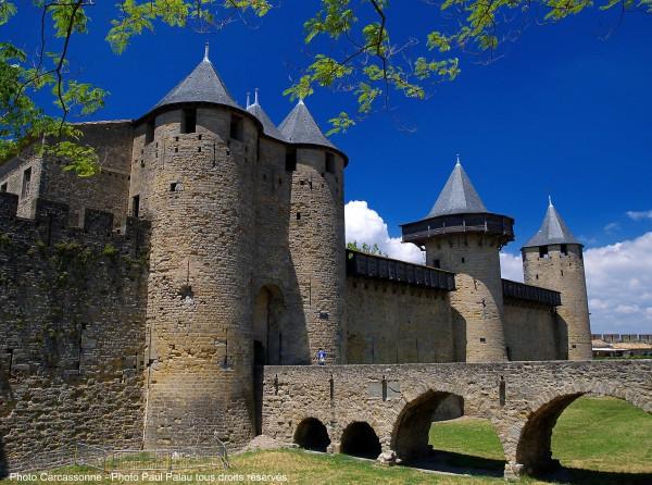 Pour découvrir Carcassonne le camping le Moulin du Pont d'Aliès