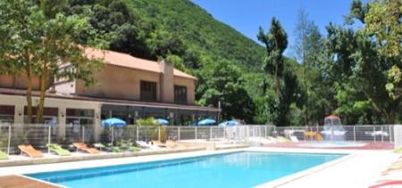 Camping avec piscine chauffée dans l'Aude