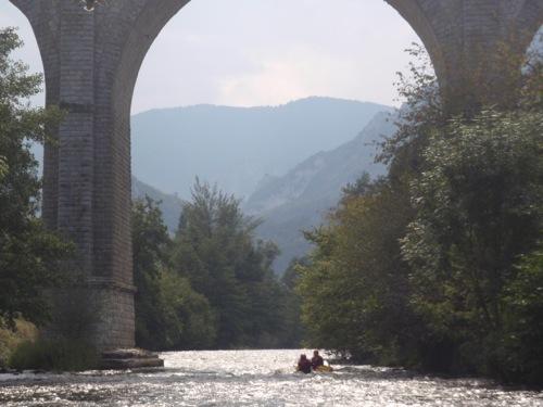 Activités en eaux vives peoche camping Aude