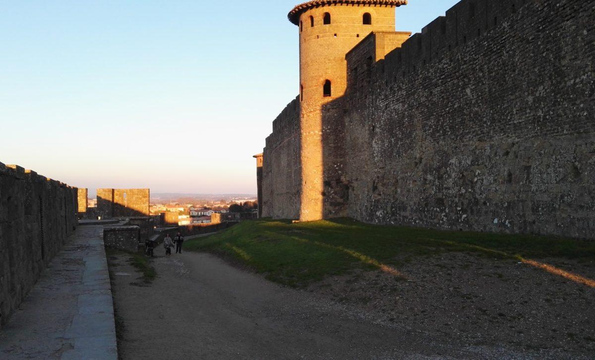 Cité de Carcassonne et coucher de soleil