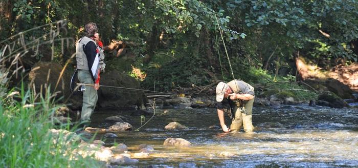 camping idéal pour les amateurs de pêche en Occitanie