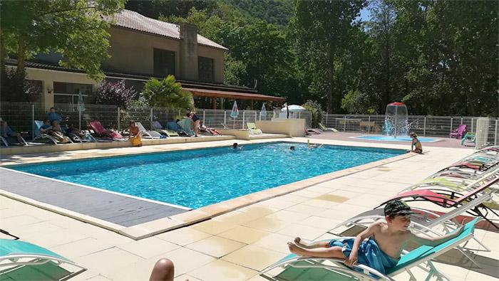 piscine camping 3 étoiles Carcassonne