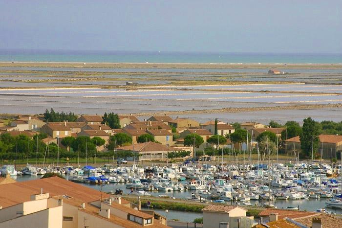 mobil home familial proche mer Méditerranée