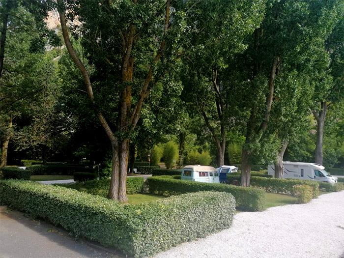 location Camping avec emplacement pour camping-car dans l'Aude